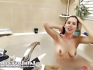 Lelu Love Webcam Hairwashing Vibrator Dildo In Bathtub