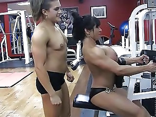Sport Muscled Gym Girlfriend Cum