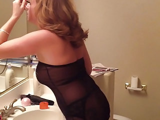 Annettehotwife preparing