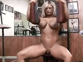 Beautiful Blond BodyBuilder