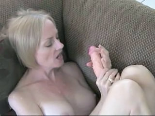 Dildo Mature Mom