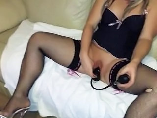 Hot wife use huge toy dildo streching pussy  Sex Tubes