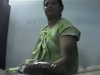 Indian Whore Giving A Handjob