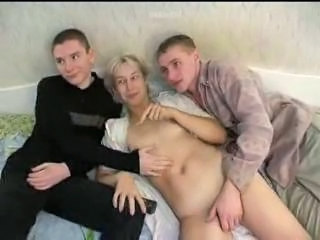 Family Mom Homemade Amateur Mature Mature Ass Old And Young