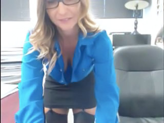 "Milf office strip"" class=""th-mov"