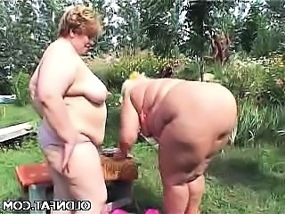 Fat Mature Lesbians Having Sex Outdoors