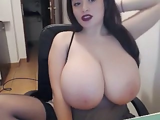 Webcams 2014 - Fuckin Gorgeous Babe w J Cups 3