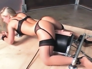 Masturbating Machine