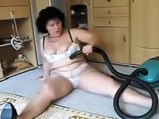 Insertion Dirty Insertion Mature Pussy Vacuum