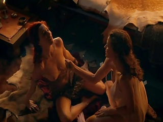 Lucy Lawless lesbian from spartacus..