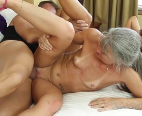 Skinny Mature Mom Hardcore Mature Old And Young Tits Mom