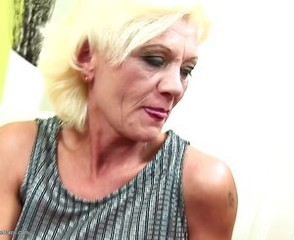 Ass and pussy lickers - gran not mom and not their daughter
