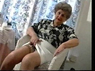 playing granny old into pantyhose