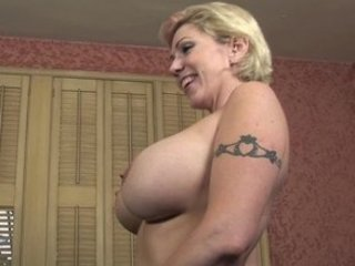 Big Tits Mature Mom Bang Bus Big Tits Big Tits Mature