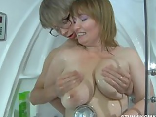 Showers Old And Young Mom Big Tits Chubby Big Tits Mature Big Tits Mom