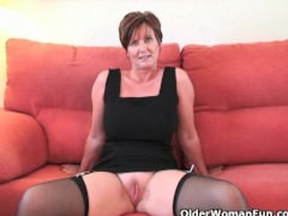 olderwomanfun.com;milf;cougar;hd;brunette;huge-boobs;shaved-cunt;gilf;lingerie;solo