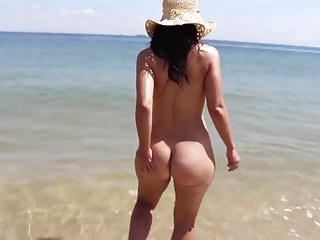 Beach;Big Butts;Outdoor;Public Nudity