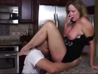 Mom Kitchen Clothed Ass Licking Clothed Fuck Milf Ass