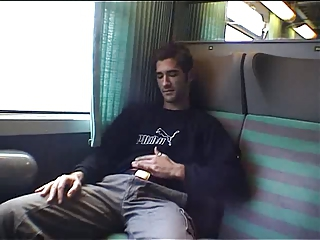 Video from: xhamster | RAPHAEL SE BRANLE DANS LE TRAIN