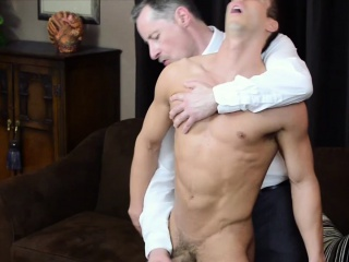 Muscly mormon gets tugged