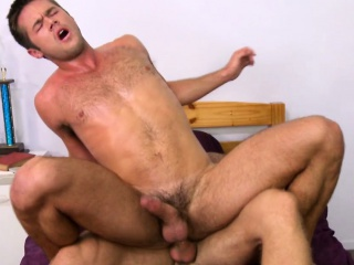 Bigdick college jock pounding ass