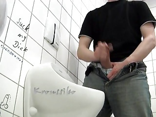 Amateur Masturbating Toilet
