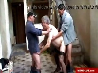 Video from: xvideos | 3some, amateurs, athletes, bears, bodybuilder, daddy