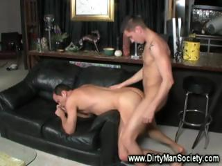 Twink with tattoes loves deep fucks