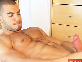 Arab Muscled Amateur