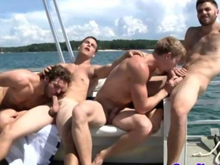 Video from: hardsextube | Cock sucking hunks cruise on ocean waves