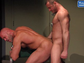 biggest Dicked Muscle Daddy gathers Interrogated