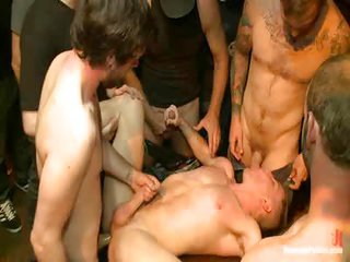 Christian Wilde Doug Acre too Cameron Kincade - Free Gay Porn nearly Boundinpublic - clip 109283