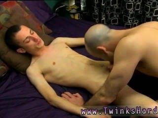 Boys sleep naked an got his dicked sucked gay first time Luckily Phillip