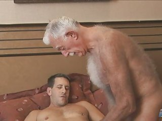 Two gay men cum in hotel