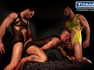 Double Penetration Threesome Anal