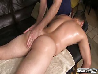 Yuris Massage - Free Gay Porn not quite Spunkworthy - video 129831