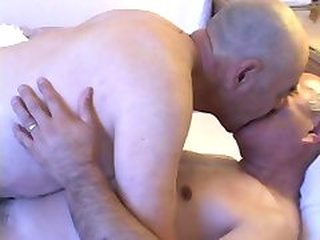 Videos from oldgaybearsex.com
