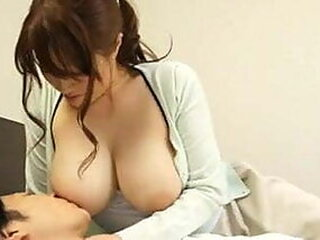 Video da japanese-mom-porn.com