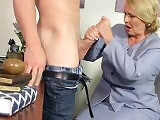 Videos from fuckmaturemom.net
