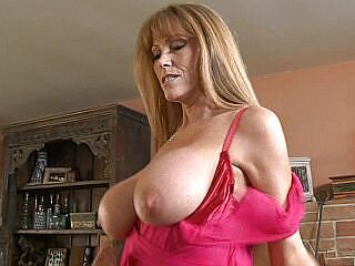 Videos from milfs-hunter.com