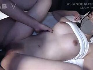 Video no moreasiansex.com