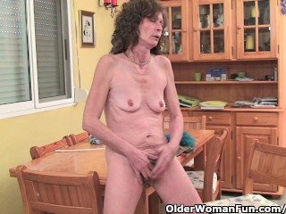 Videos from mature-chicks.com