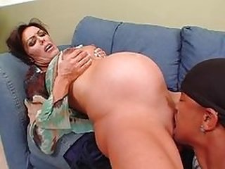 Videos from maturewomenanal.com