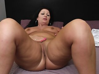 Videos from maturewomenfuck.com