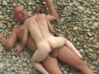 Video no young-amateurs.com