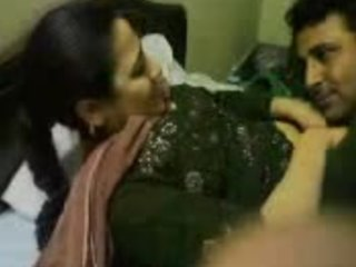 Video from: indiansex-xxx | Silver tongued Indian DILF effortlessly seducing a skanky older lady