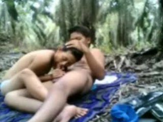 Video from: indiansex-xxx | This sexy video between an Indian couple was uploaded to beeg.vcom