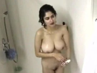 Indian Amateur MILF Showers
