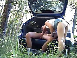 Amateur Babes Starts Out With Cock In Mouth And Finishes With Facial