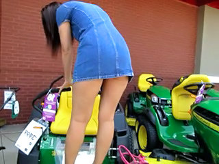 Public Pussy Flashing on American football gridiron Mower